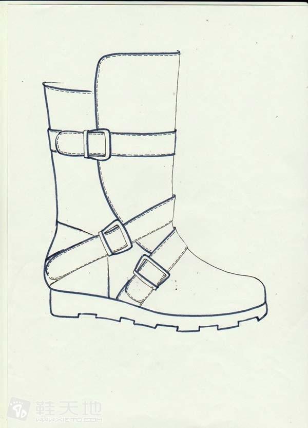 简单的8寸靴子手绘线条稿图片